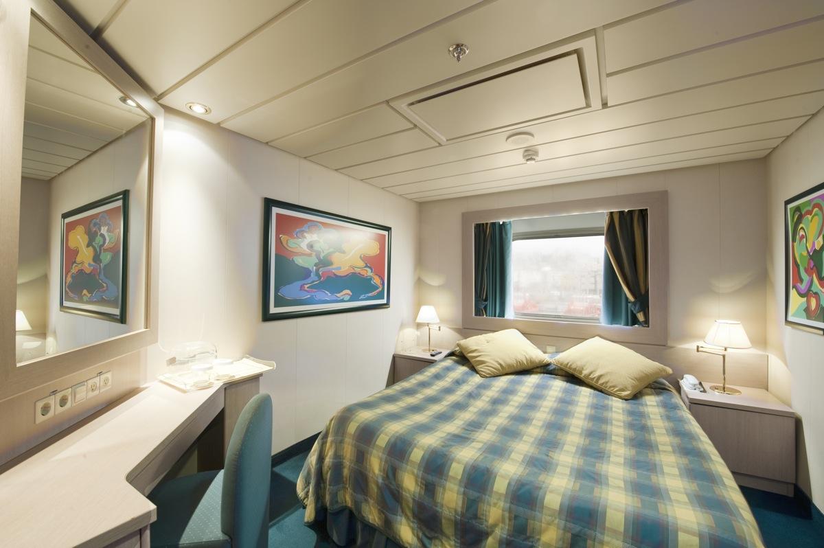 Prossime crociere a bordo della nave msc lirica offerte for Foto della piccola cabina